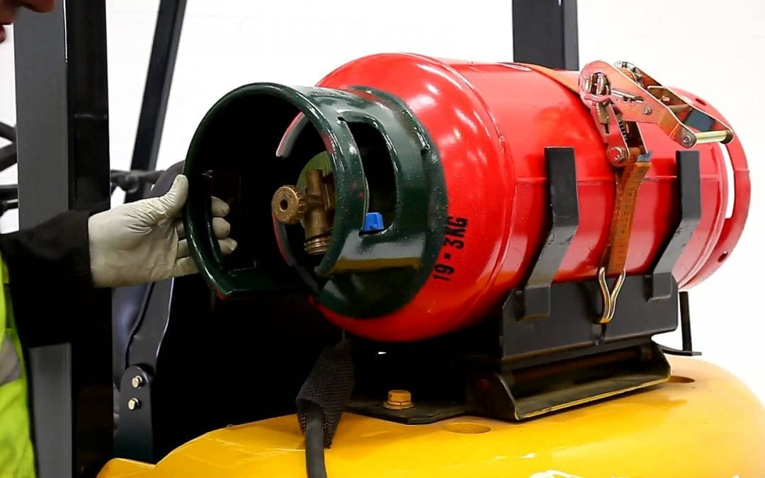 PERC Safety Minute Video: Brush up on Your Cylinder Requalification Requirements